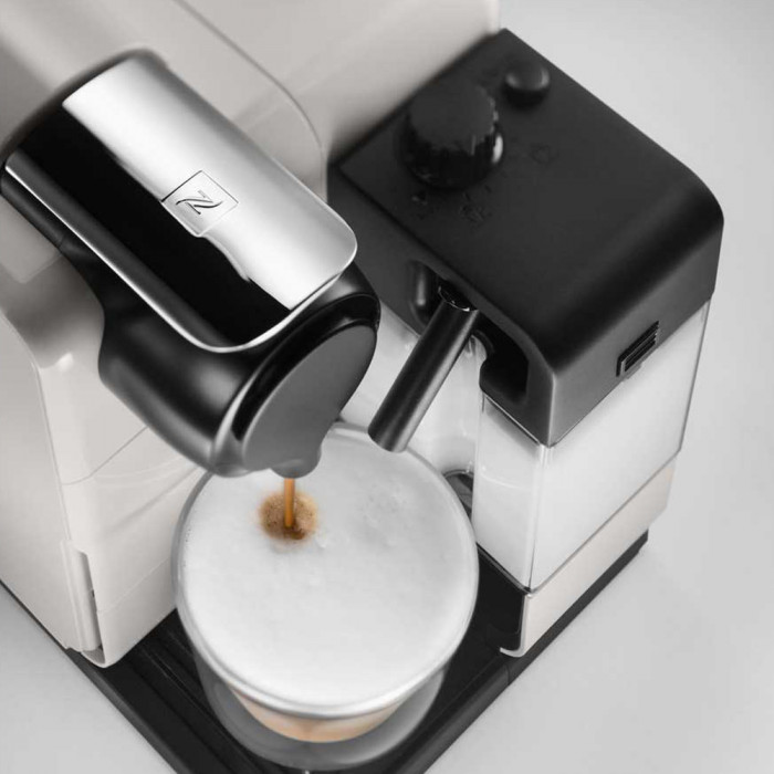 "Coffee machine Nespresso ""Latissima White"""